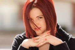 haired röd kvinna Fotografering för Bildbyråer
