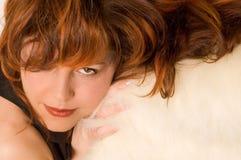 haired red för flicka arkivbild