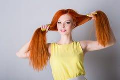haired red woman young στοκ εικόνα με δικαίωμα ελεύθερης χρήσης