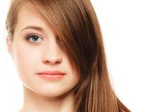 hairstyle Retrato de la muchacha con el ojo largo de la cubierta de la explosión Foto de archivo libre de regalías