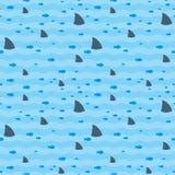 Hajar och fisksimning i blå havsmodell Royaltyfria Bilder