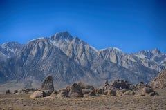 Hajfena och Mount Whitney på alabama kullar Fotografering för Bildbyråer