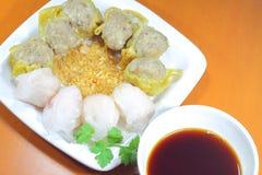 Hakau di Dimsum con la salsa nera cinese dell'all'aceto Immagine Stock