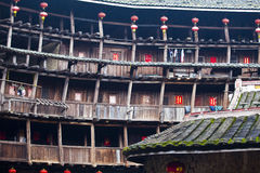 HakkaRoundhousetulouen walled byn, Fujian, Chi Arkivbilder