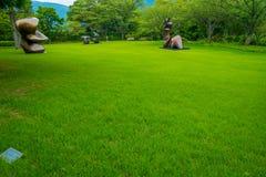 HAKONE, JAPAN - JULI 02, 2017: Het Openluchtmuseum of Hakone Chokoku van Hakone Geen Mori Bijutsukan zijn populair museum Stock Foto's