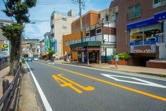 HAKONE JAPONIA, LIPIEC, - 02, 2017: Japoński styl miastowa mała ulica w Hakone Zdjęcie Stock