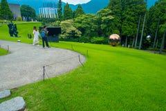 HAKONE JAPONIA, LIPIEC, - 02, 2017: Na otwartym powietrzu Hakone Chokoku lub Żadny Mori Bijutsukan jesteśmy popularnym muzeum Zdjęcia Stock