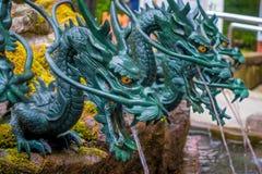 HAKONE JAPONIA, LIPIEC, - 02, 2017: Zamyka up fontanna z brązowym smokiem w Japonia Zdjęcia Stock