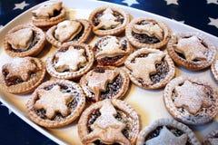 Hakt vers gebakken Kerstmis pastei fijn Royalty-vrije Stock Afbeelding