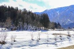 Hakubabergketen in de winter met sneeuw op de berg Royalty-vrije Stock Afbeeldingen