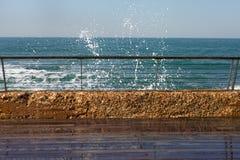 Hal promenad på havet Arkivfoton
