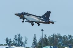 HAL Tejas f?r Indien luftf?r jaktflygplan royaltyfri fotografi