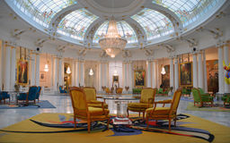 Hal van het hotel Negresco stock afbeeldingen