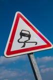 hal varning för vägmärke arkivbilder