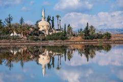Hala苏丹Tekke在塞浦路斯 免版税库存图片