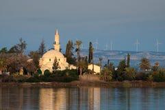 Hala Sultan Tekke Mosque en Chypre photographie stock libre de droits
