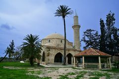 Hala Sultan Tekke på Larnaca, Cypern Arkivbild