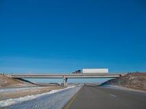 Halb auf Brücke Lizenzfreies Stockfoto