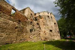 Halb-ruiniertes Sieniawski-Schloss 1534-jährig in Berezhany Stockbilder