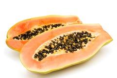 Halbiert Papaya. Lizenzfreie Stockfotografie