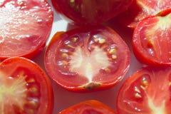 Halbiert Tomaten Lizenzfreie Stockfotografie