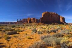 Halbwüsten- und der rote Felsen Lizenzfreies Stockbild