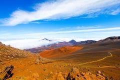 Haleakala火山口- Haleakala国家公园,毛伊,夏威夷五颜六色的倾斜  库存照片