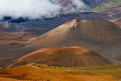 Haleakalavulkaan binnen een vulkaan Stock Afbeeldingen