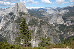 Half Dome and Yosemite Valley, view from Glacier Point Royalty Free Stock Photos
