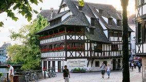 Half-timbered Maison des Tanneurs in Straatsburg stock afbeeldingen