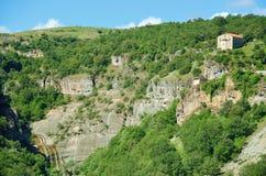 Haliakmona, Stenopotamos小支流的Agia安娜和瀑布教会  免版税库存照片