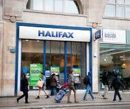 Halifax bankfilial i London arkivbilder