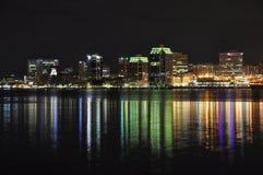 Halifax Nueva Escocia en la noche imagen de archivo