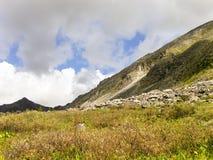 Halizna między górami Obrazy Royalty Free