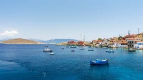 Halki är en ö av fred och kamratskap royaltyfria bilder