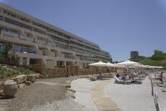 Halkidiki, vue de plage de station de vacances d'hôtel de luxe de la Grèce Sani Photos stock