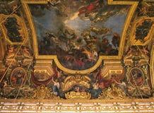 Hall дворца Версаль потолка зеркал стоковое фото