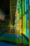 Hall coloré au loin image stock