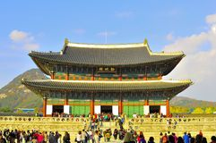 Kyongbok throne room in Gyeongbokgung Palace, Korea. The hall containing the throne room of the king, Geunjeongjeon, at Kyongbok or Gyeongbok Palace Stock Photography