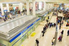 Hall d'arrivée d'aéroport de Pudong, Changhaï Images stock