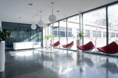 Hall d'immeuble de bureaux Photographie stock