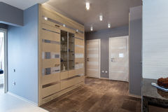 Hall dans un appartement moderne Photos stock