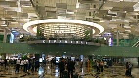 Hall de départ du terminal d'aéroport de Singapour 3 Image stock
