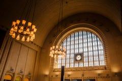 Hall de vintage et entrée principale de la gare ferroviaire centrale de Image stock