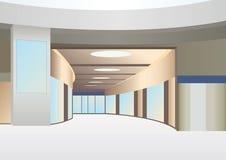 Hall in der Geschäftsmitte mit Flur und Fenstern Lizenzfreies Stockbild