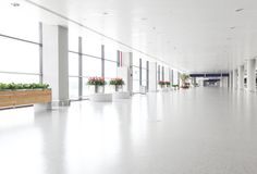 Hall des Geschäftsgebäudes Lizenzfreie Stockfotos
