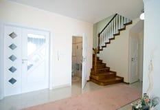 Hall des modernen Hauses Lizenzfreies Stockbild
