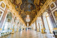 Free Hall Of Mirrors Of The Famous Palace Of Versailles Stock Image - 138022511