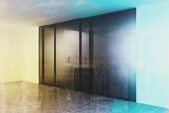Hall vide d'ascenseur modifié la tonalité Photo libre de droits
