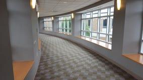 Halle mit Fenstern lizenzfreies stockfoto